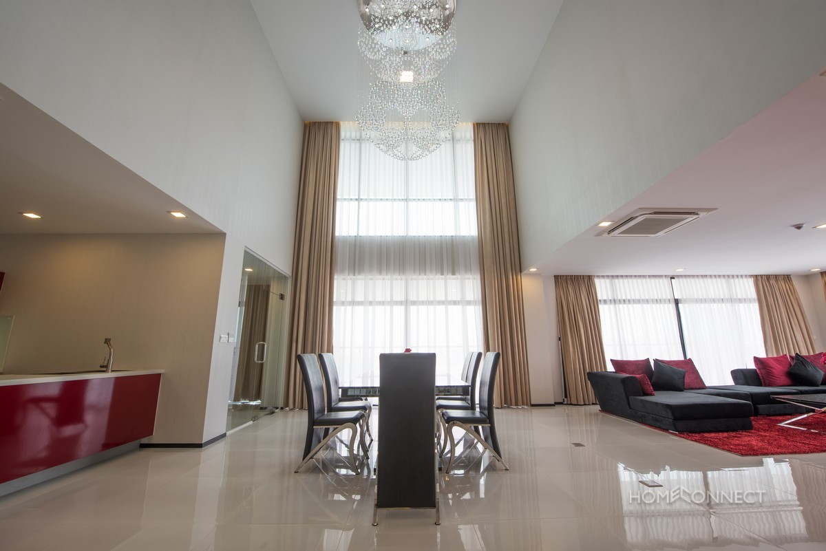 Landmark 4 bedroom penthouse close to Independence Monument