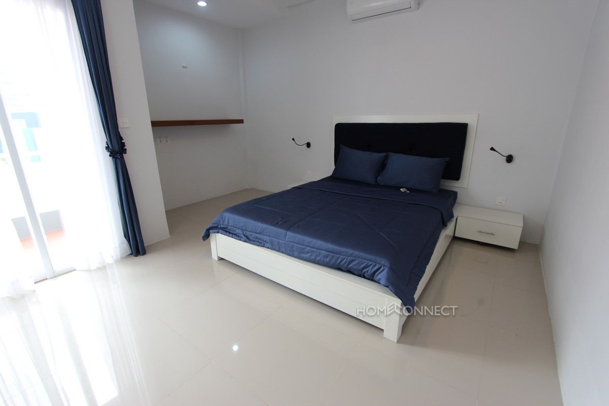 Centrally Located 2 Bedroom Apartment in BKK1