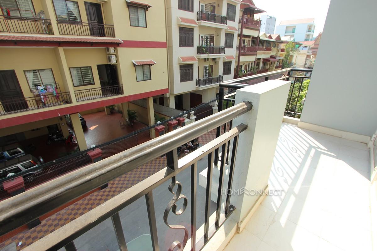 Modern 2 bedroom apartment in Tonle Bassac