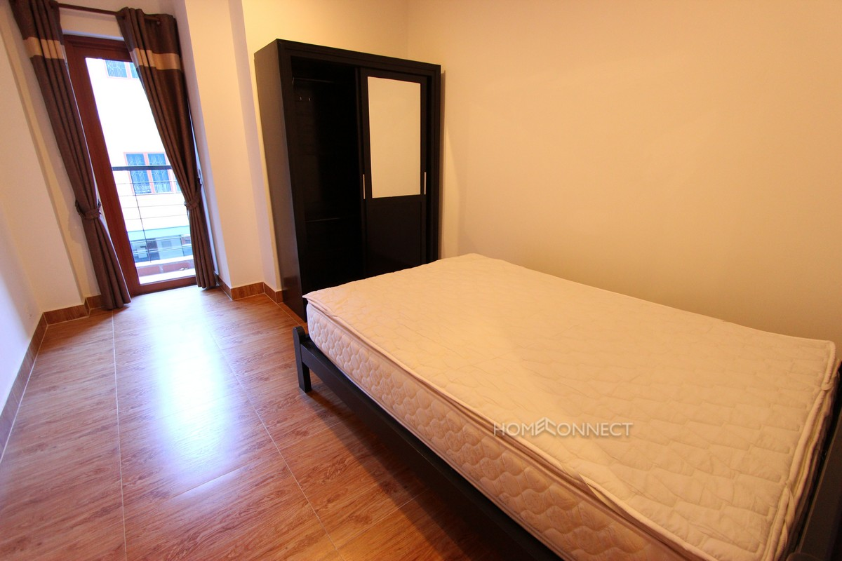 Spacious 3 bedroom apartment close to Riverside