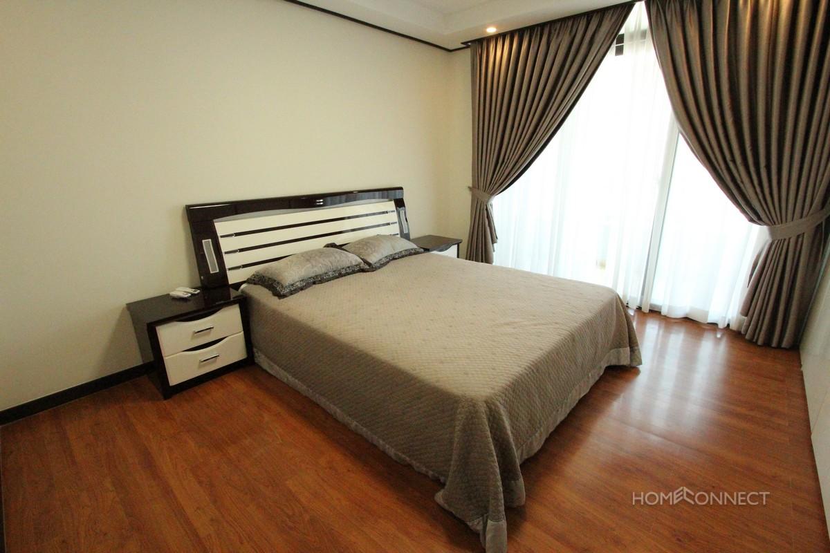 Central BKK1 3 bedroom luxury apartment