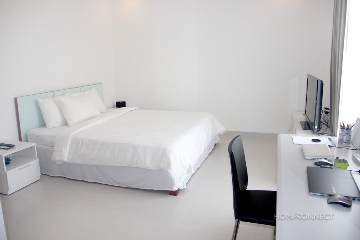 Stylish and Modern 2 Bedroom Apartment in BKK1   Phnom Penh