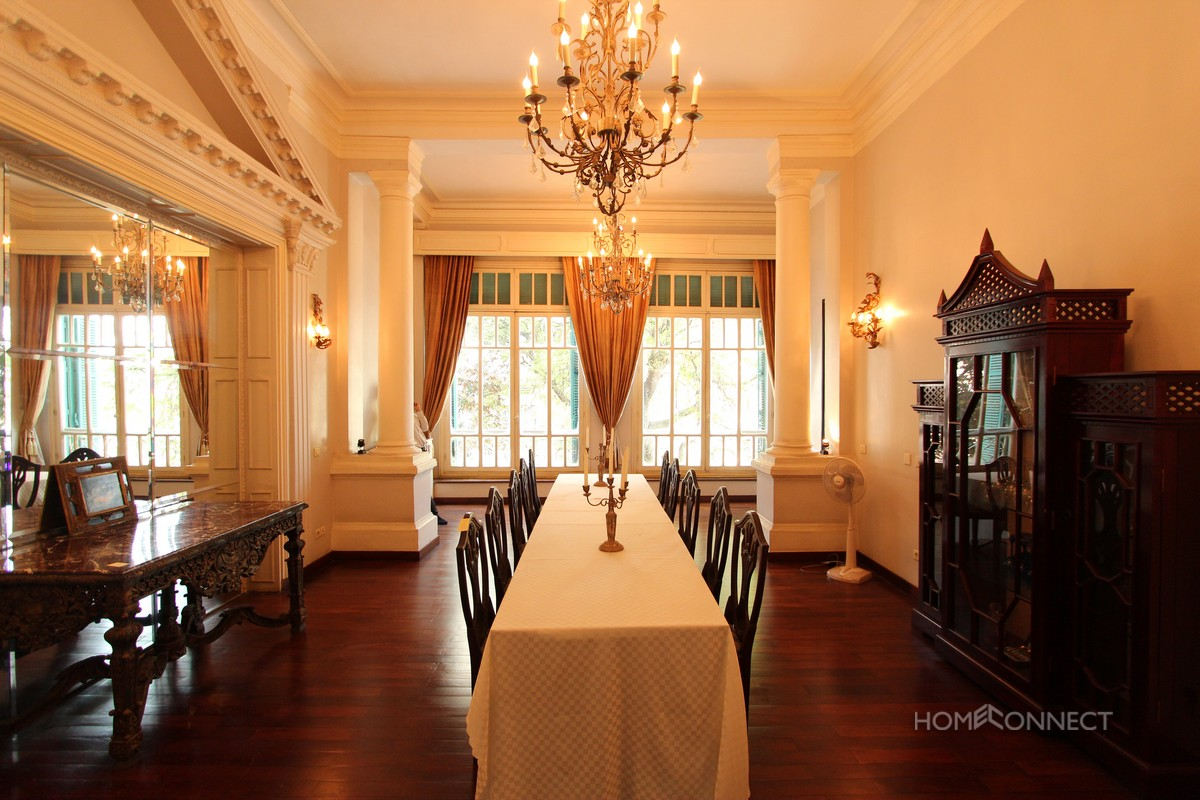 Spectacular 3 bedroom French Colonial apartment on Riverside   Phnom Penh