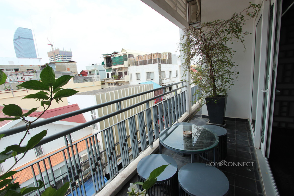 Stylish Two Bedroom Apartment Close to Riverside | Phnom Penh