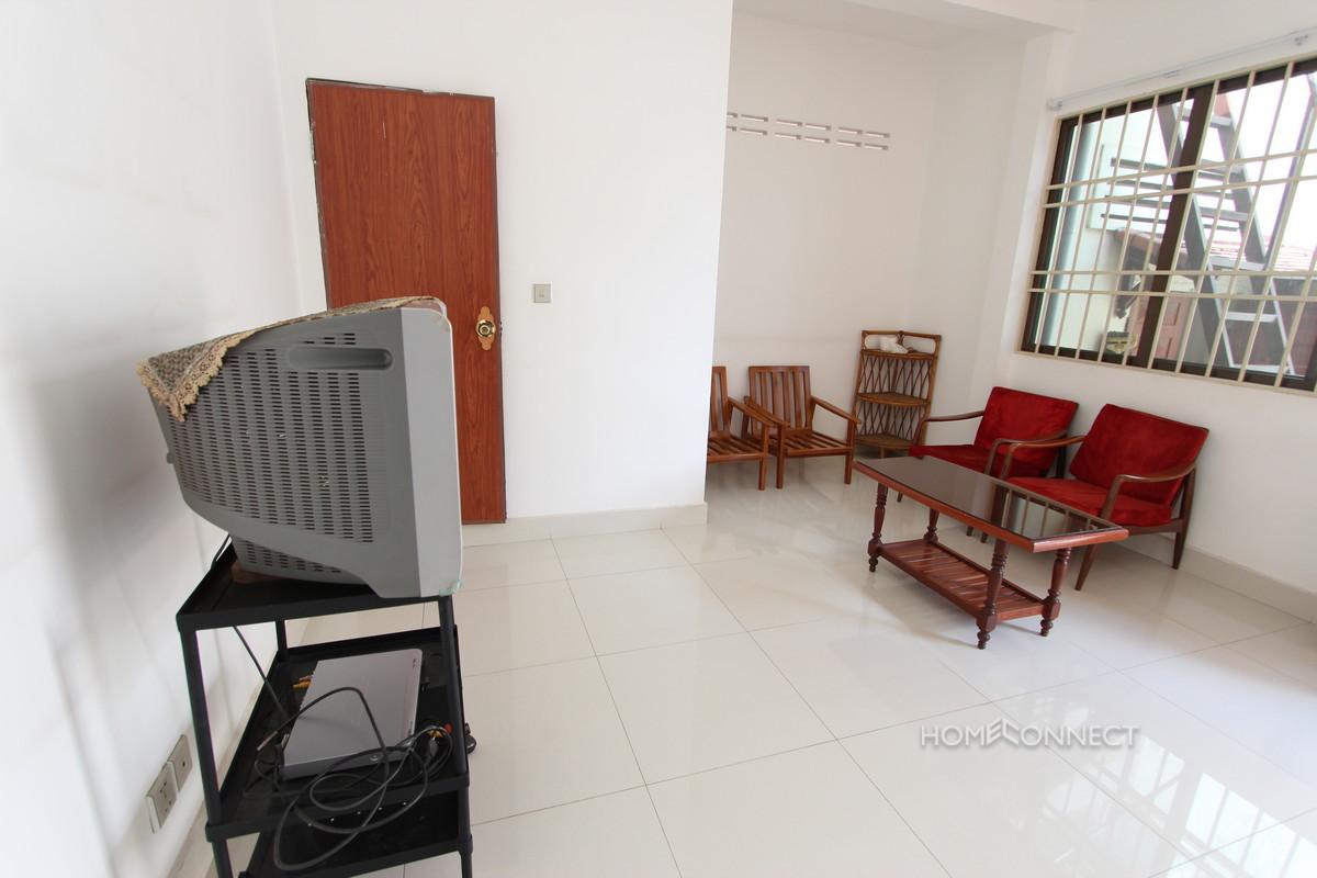 Spacious 2 Bedroom Apartment in Central Daun Penh   Phnom Penh