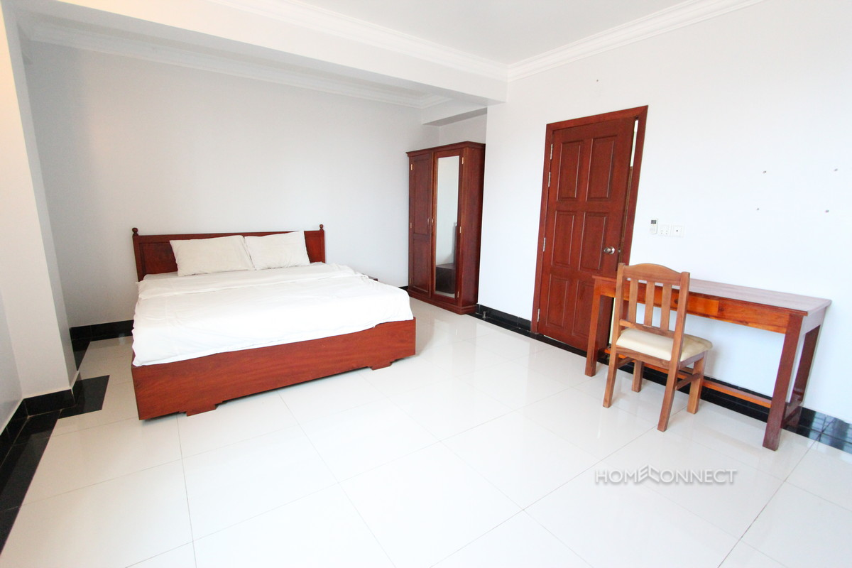 Spacious 2 Bedroom Apartment Near the Russian Market | Phnom Penh