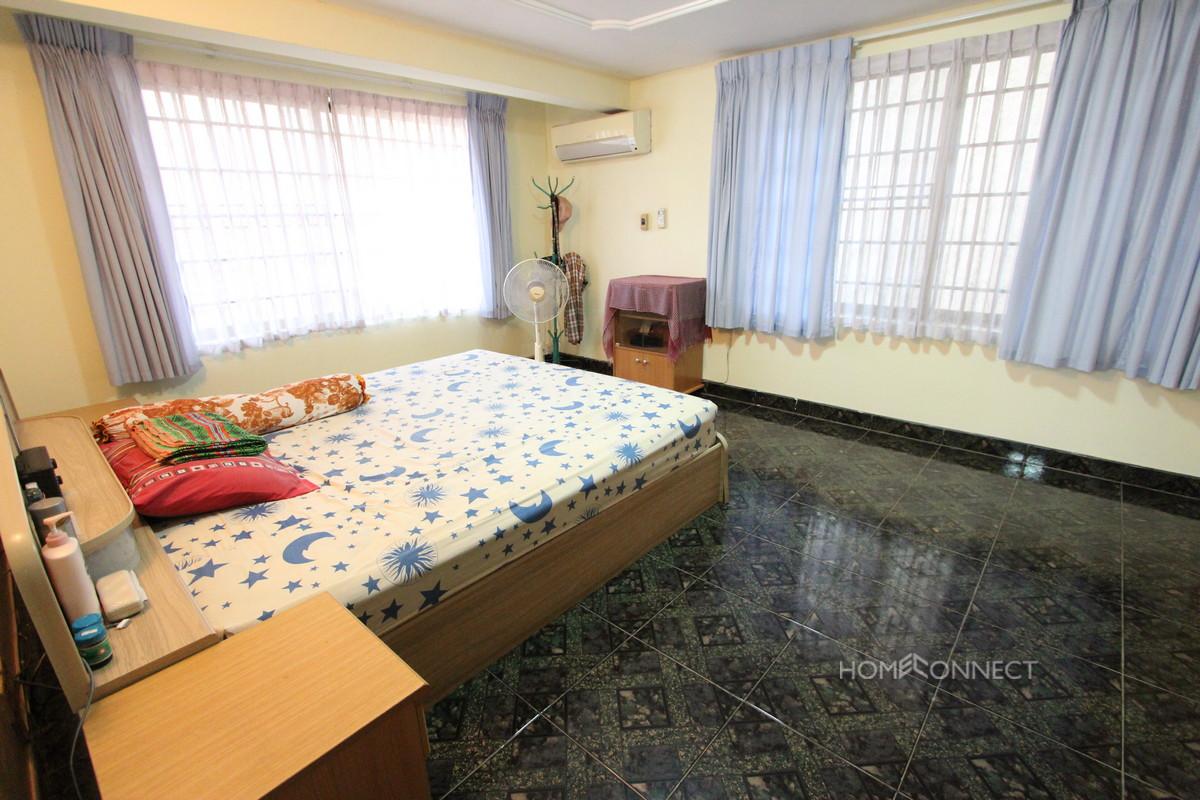 Large and Spacious 5 Bedroom Villa in Tonle Bassac | Phnom Penh
