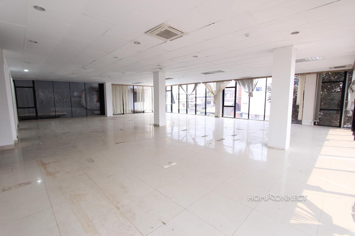 Open Plan Office Space in Tonle Bassac   Phnom Penh