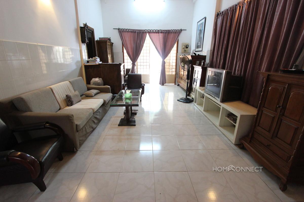 Cosy 3 Bedroom Villa on a Large Block in Boeung Trabek | Phnom Penh Real Estate