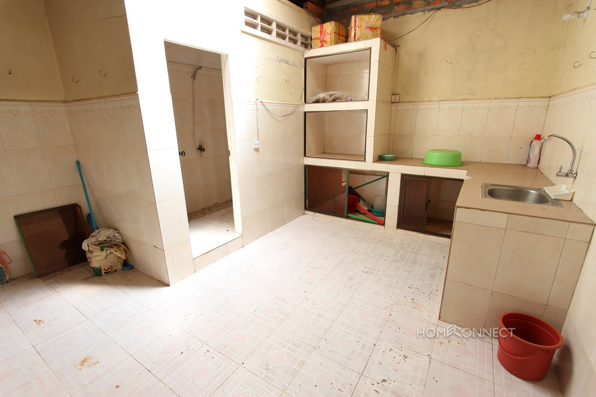 Townhouse for Rent Near the Russian Market | Phnom Penh