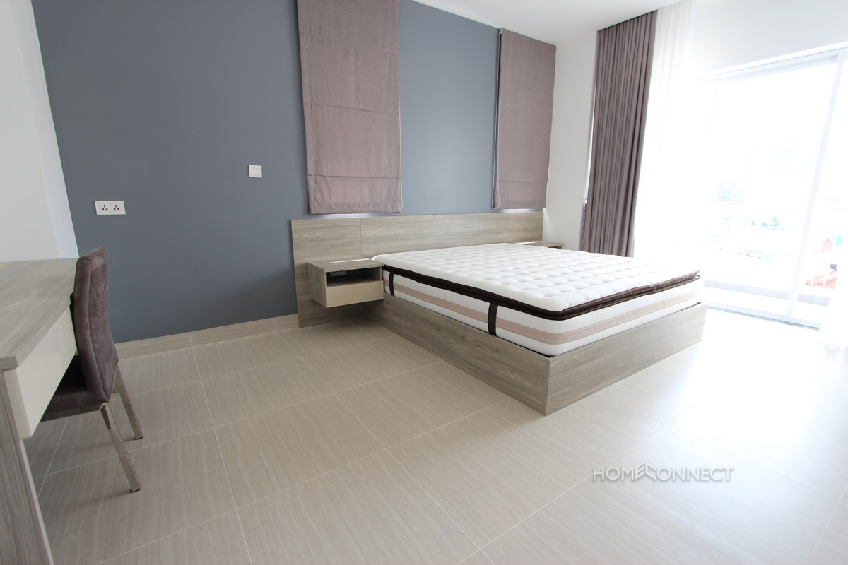 Beautiful 3 Bedroom Apartment Near The Russian Market | Phnom Penh Real Estate