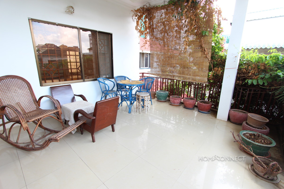 Traditional 2 Bedroom Apartment Near the Russian Market | Phnom Penh Real Estate