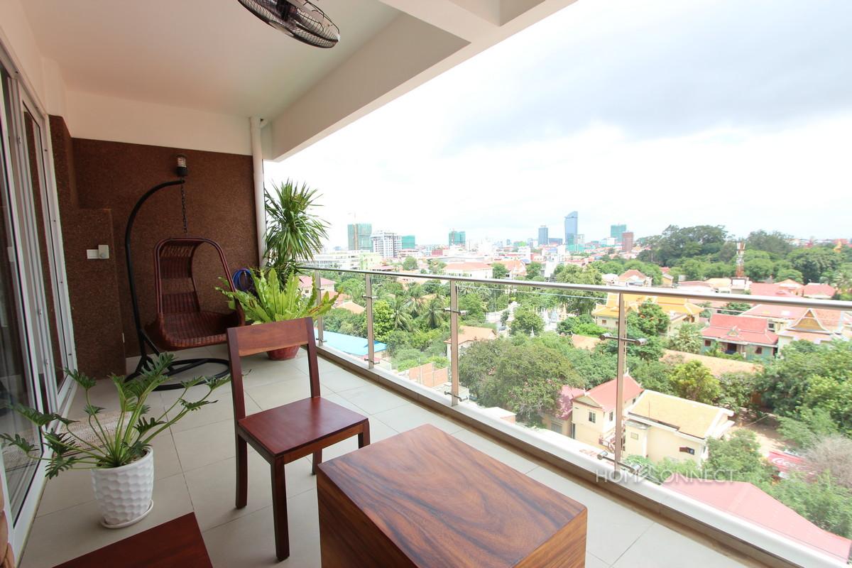 Beautiful 2 Bedroom Apartment Near The Royal Palace | Phnom Penh Real Estate