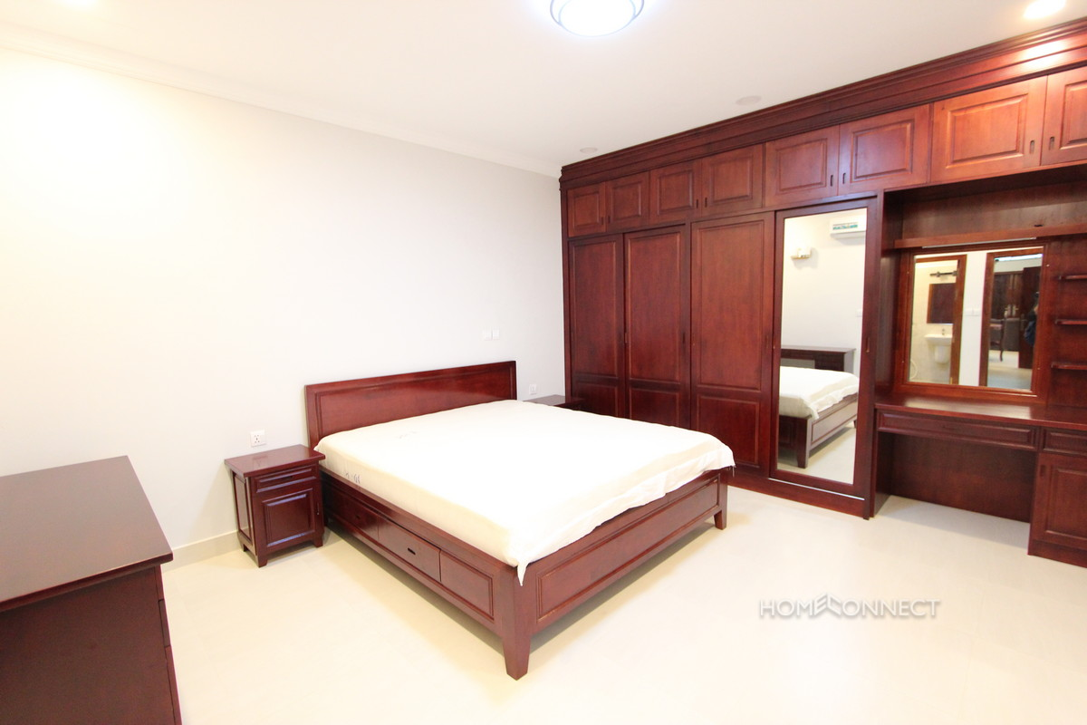 Large 1 Bedroom Apartment in BKK3 | Phnom Penh Real Estate
