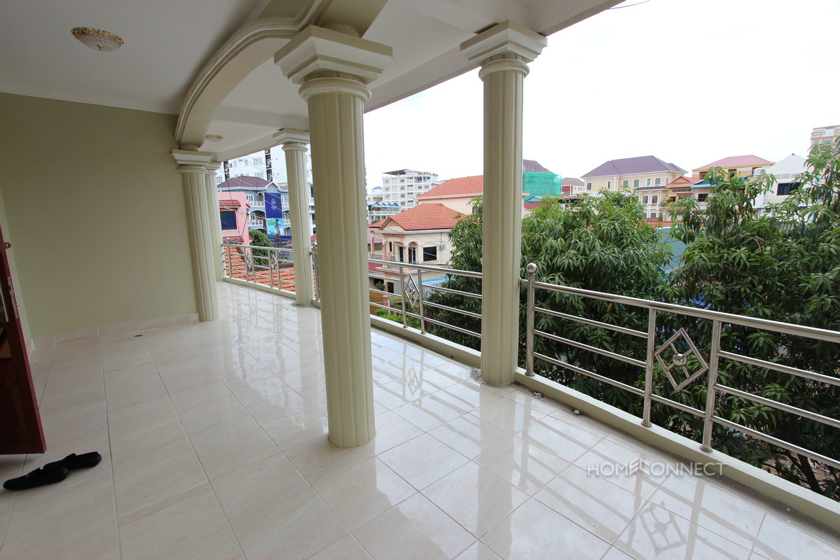 Large and Spacious Apartment Near the Russian Market | Phnom Penh Real Estate