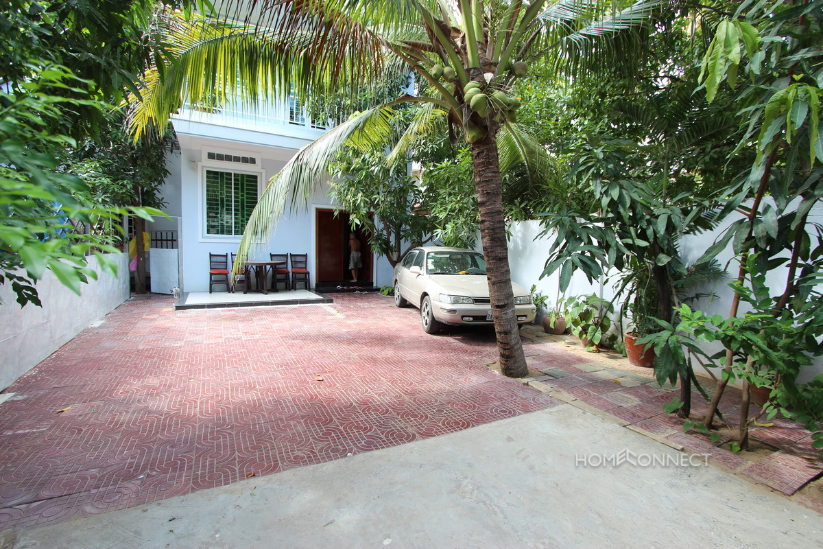 Leafy Townhouse Near the Russian Market | Phnom Penh Real Estate
