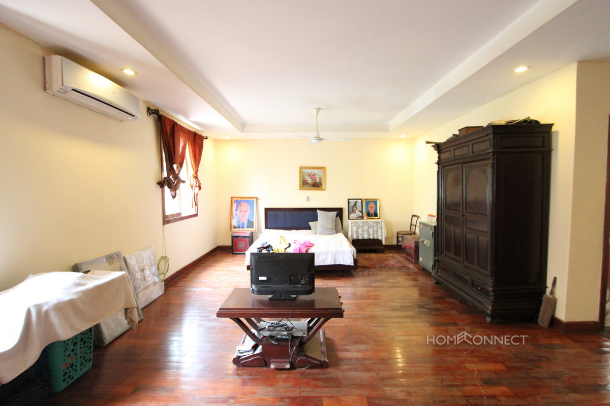 3 Bedroom Townhouse for Sale in Tonle Bassac | Phnom Penh Real Estate