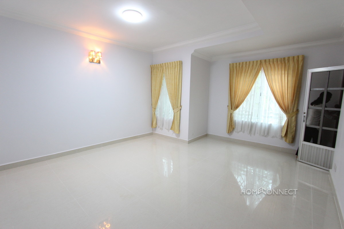 Townhouse With 4 Bedrooms For Rent Beside Aeon Mall   Phnom Penh Real Estate