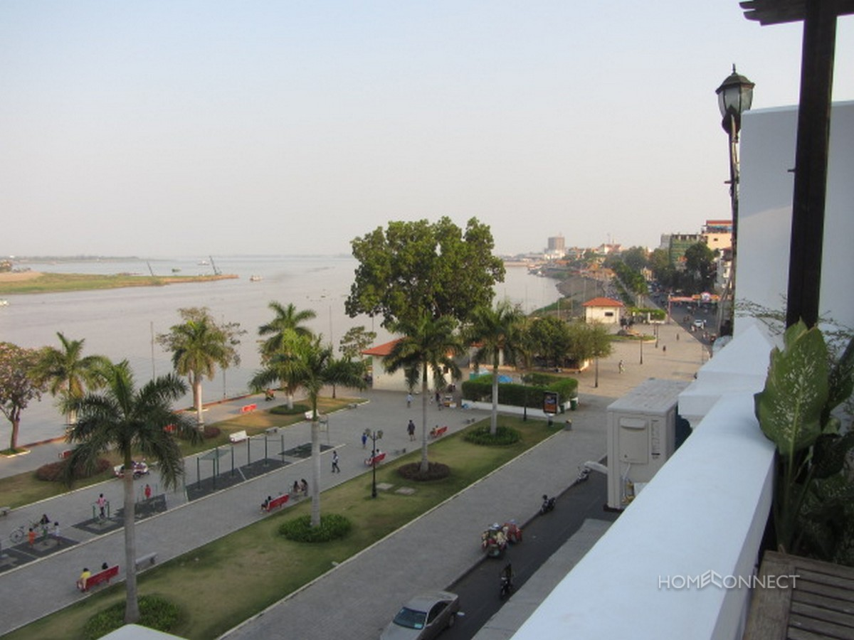 French Colonial 1 Bedroom Apartment On Riverside   Phnom Penh Real Estate