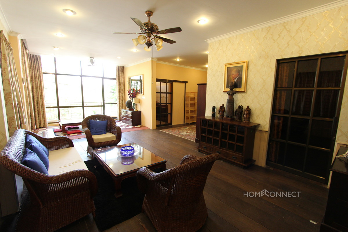 Central Apartment Near the Independence Monument | Phnom Penh Real Estate