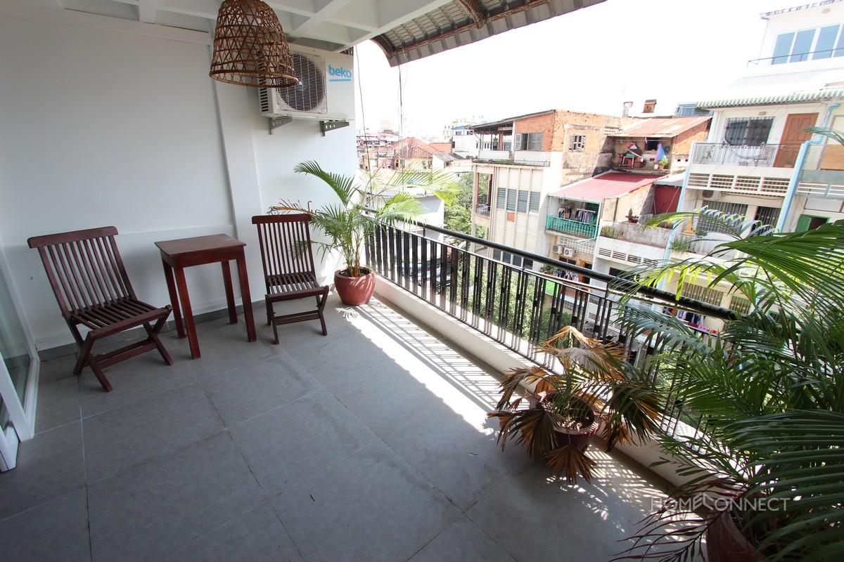 Big Balcony 2 Bedroom Apartment In Daun Penh | Phnom Penh Real Estate