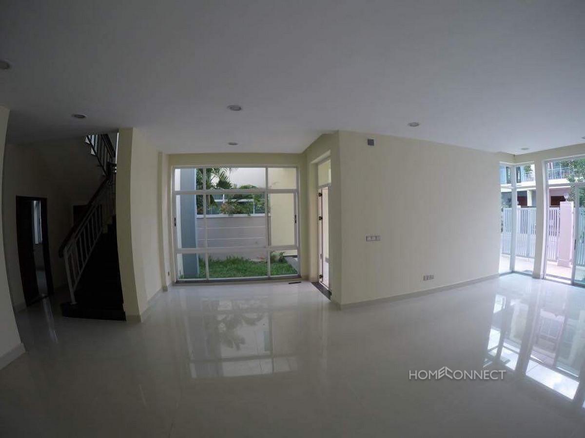 Secure Townhouse on Diamond Island   Phnom Penh Real Estate