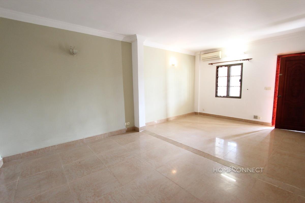 Large Terraced 2 Bedroom Apartment in BKK1   Phnom Penh Real Estate