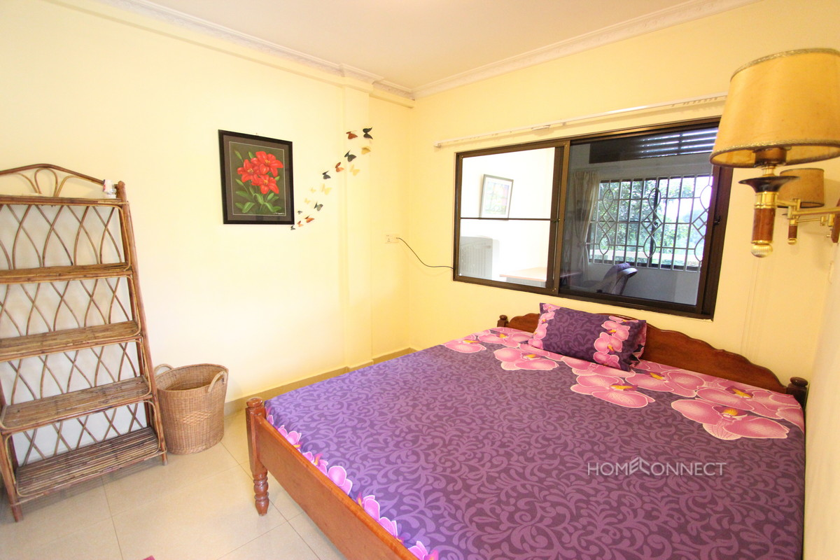 Cosy 1 Bedroom Apartment Near the Royal Palace | Phnom Penh Real Estate