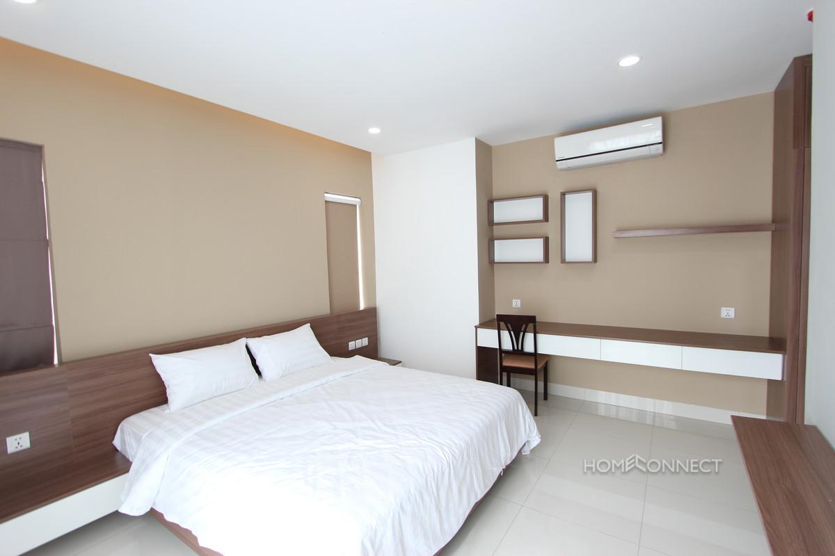 Fantastic 2 Bedroom Apartment in Tonle Bassac | Phnom Penh Real Estate