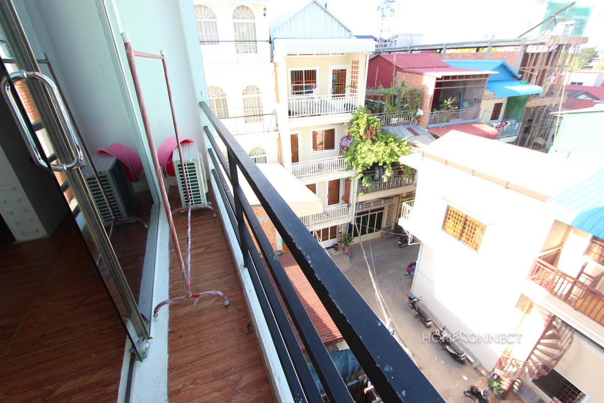 Studio Apartment near the Royal Palace | Phnom Penh Real Estate