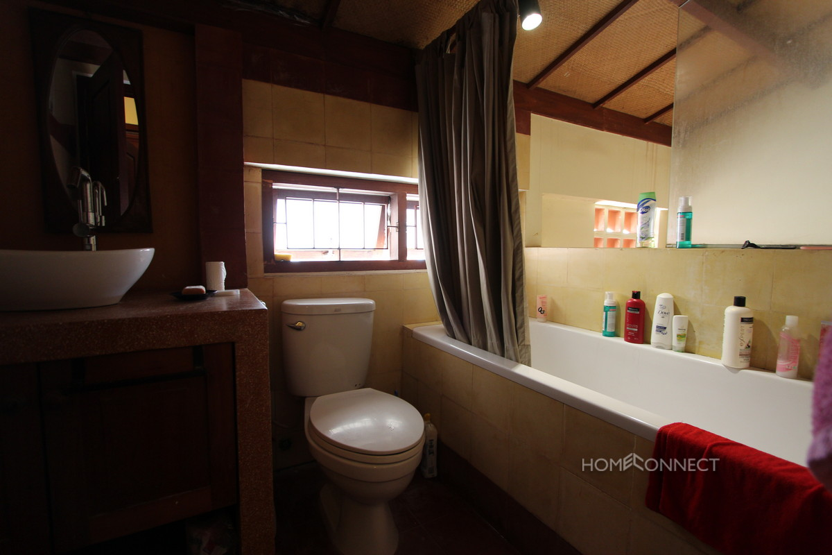 French Colonial 1 Bedroom Apartment Near Royal Palace For Rent | Phnom Penh Real Estate