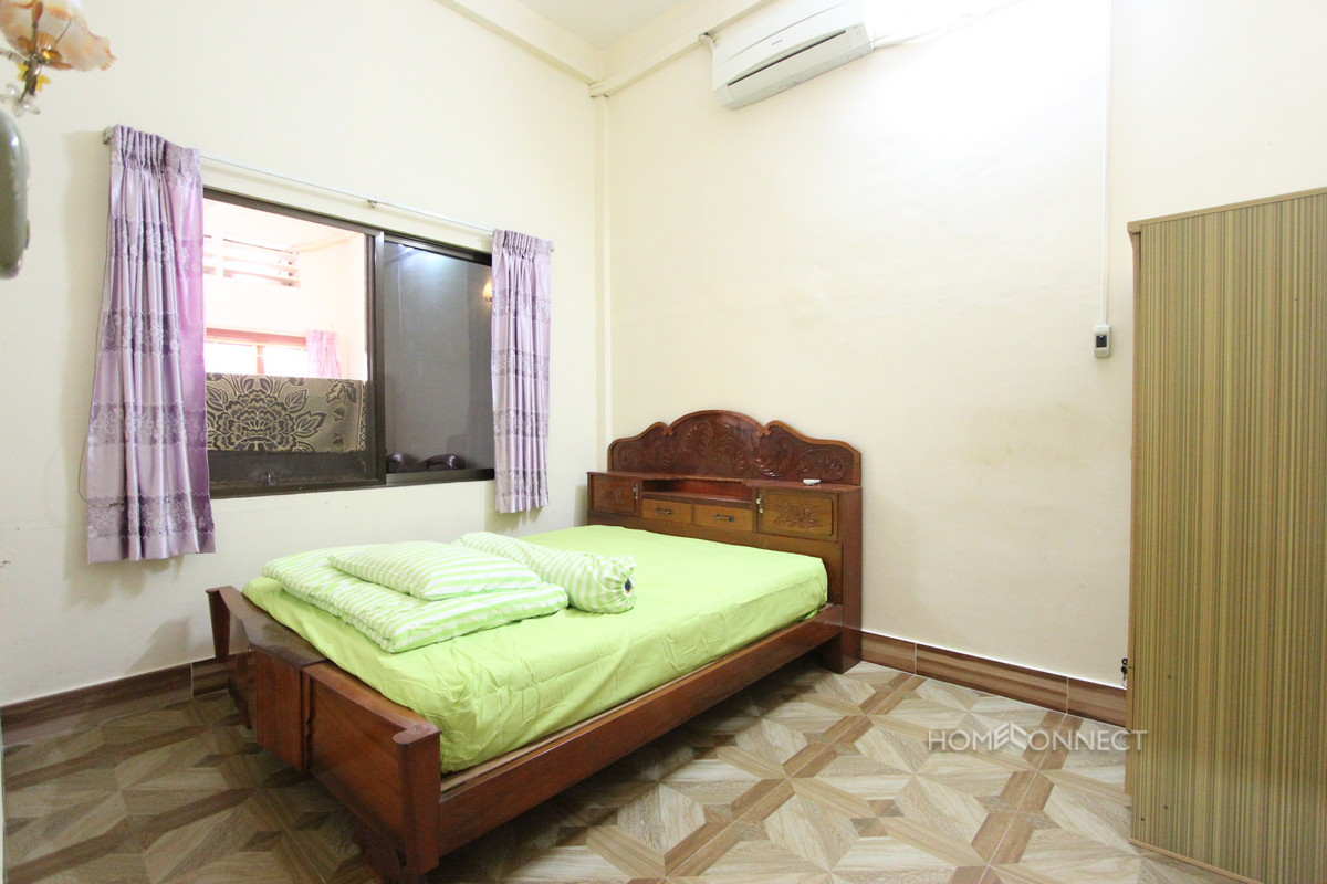 Budget 2 Bedroom 1 Bathroom Apartment Near Riverside | Phnom Penh Real Estate