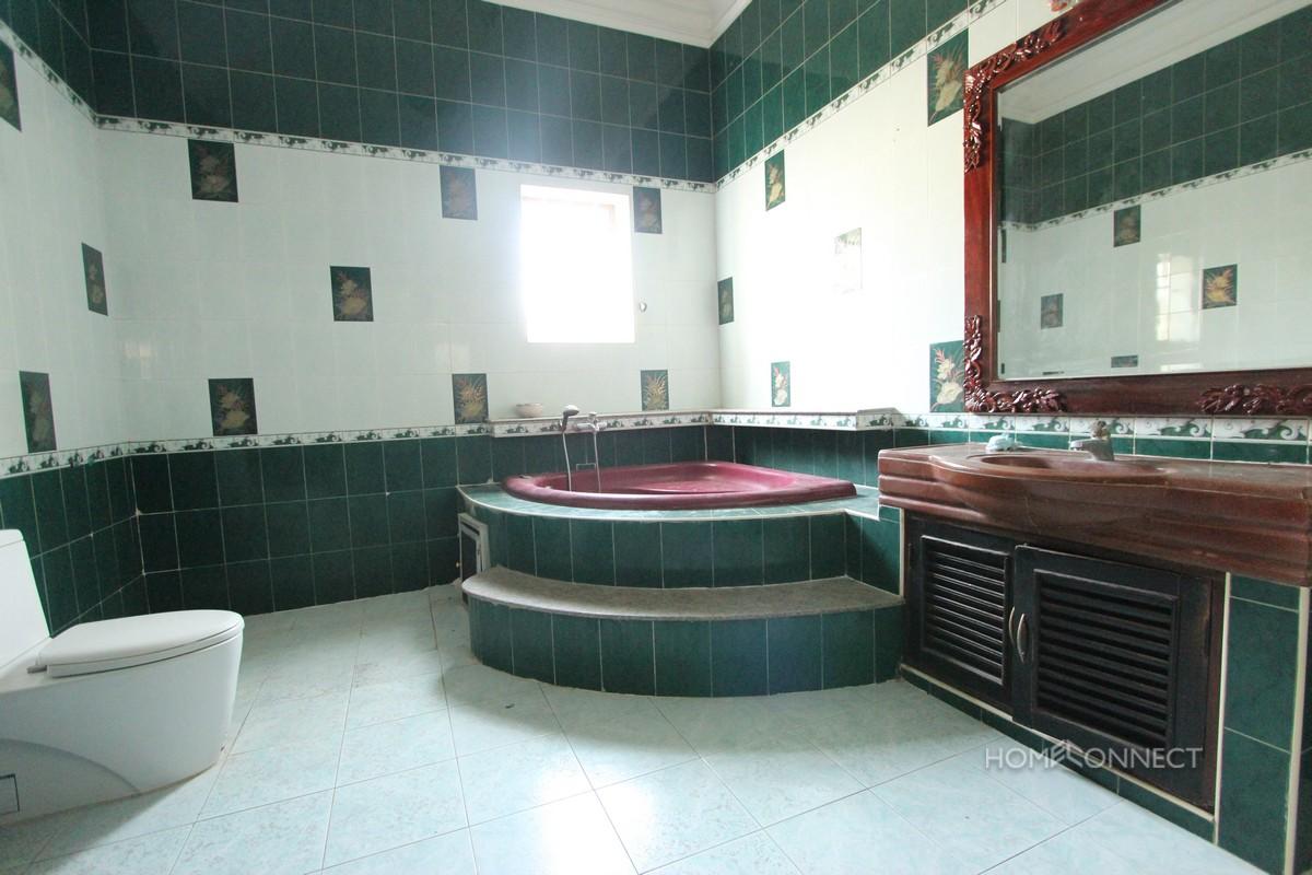 Spacious 4 Bedroom 4 Bathroom Villa For Rent in BKK1 | Phnom Penh Real Estate
