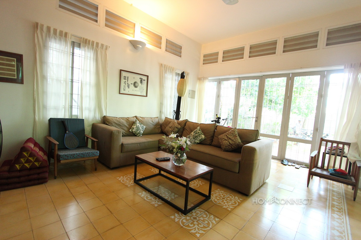 Beautiful Family 5 Bedroom Townhouse Close to Russian Market | Phnom Penh Real Estate