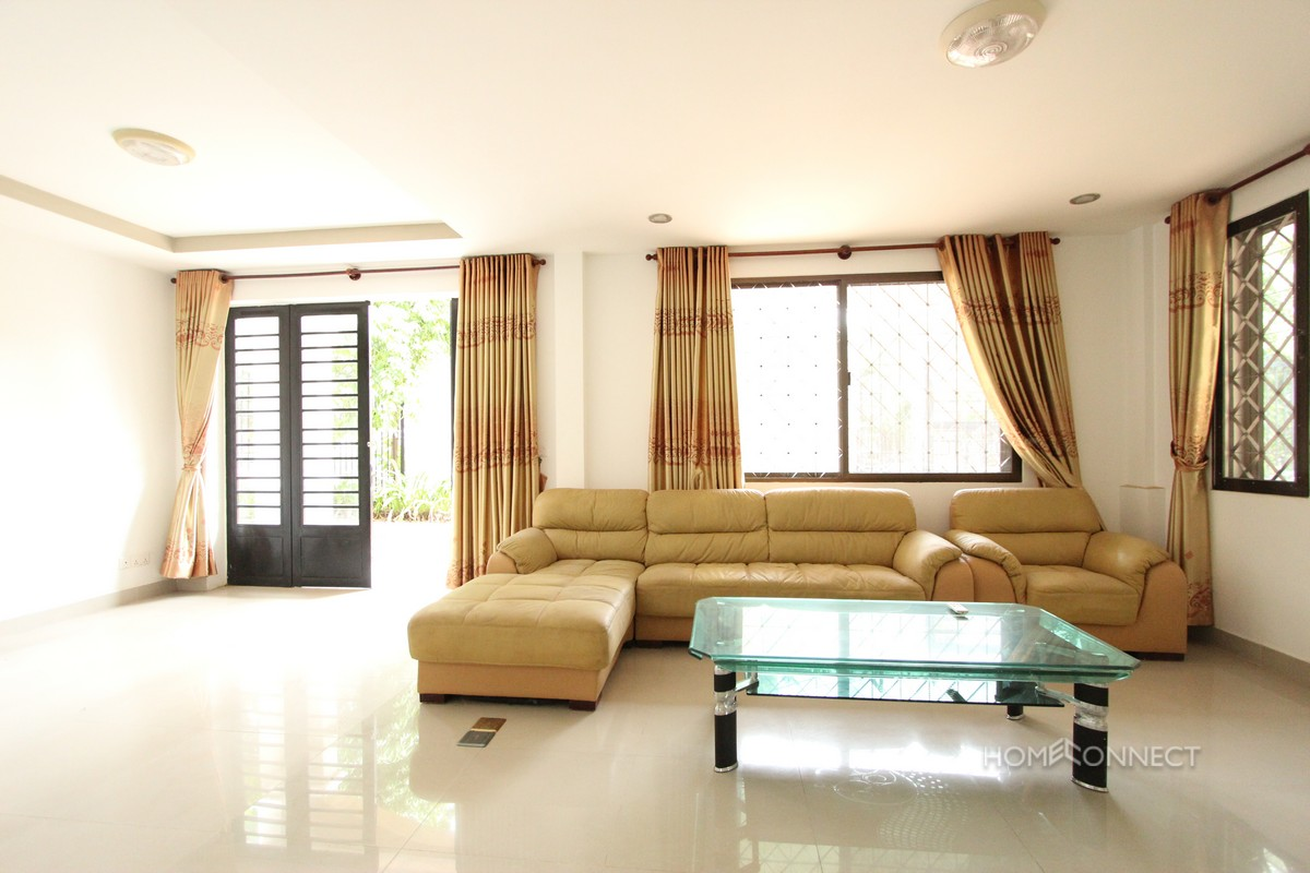 Four Bedroom Villa For Rent With a Large Garden in Prek Eng | Phnom Penh Real Estate