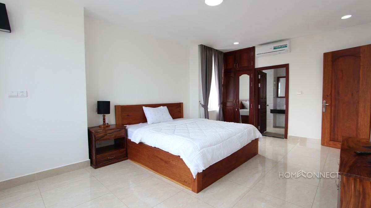 Spacious 2 Bedroom Apartment Close to Russian Market | Phnom Penh Real Estate