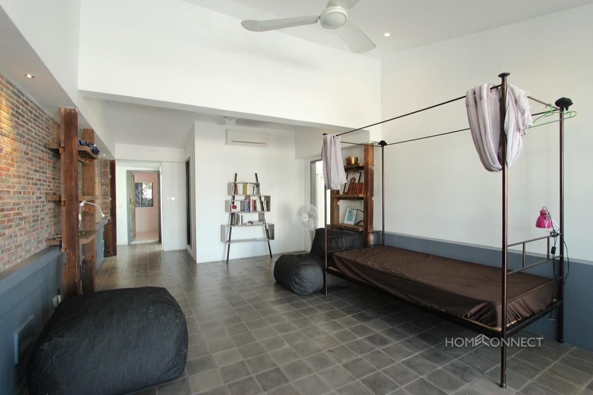 Private Terrace 3 Bedroom Near Riverside | Phnom Penh Real Estate